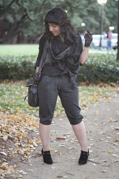 black metra suede Nine West boots - black Marc Jacobs scarf
