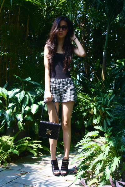 black Aldo heels - black Louis Vuitton purse - white market find shorts