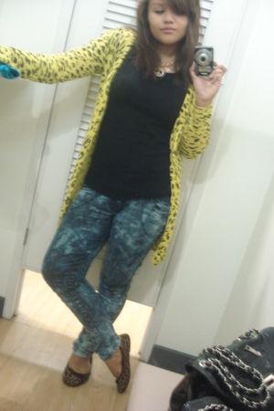 yellow Options cardigan - black Plains and Prints shirt - blue Mudd jeans - yell