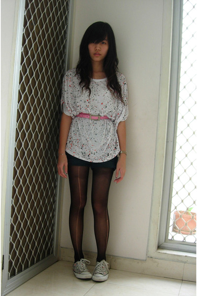 top - belt - shorts - stockings - Converse shoes