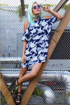 sky blue Pretty Attitude necklace - navy savannah dress Motel dress