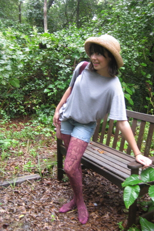 Gap t-shirt - Aeropostale jeans - hat - garment district tights - Columbia Pictu