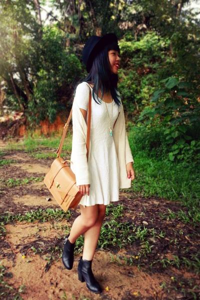black H&M boots - white embossed H&M dress - black fedora Forever 21 hat