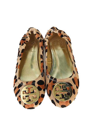 beige tory burch shoes
