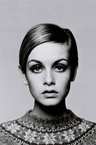 the Twiggy essentials...
