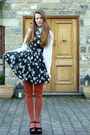 Black-floral-daisy-new-look-dress-white-kids-marks-and-spencer-shirt