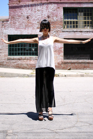 black Victorialand leggings - black Derek Lam sunglasses