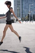 heather gray Hanii Y shirt - black J Brand shorts - black Derek Lam sunglasses