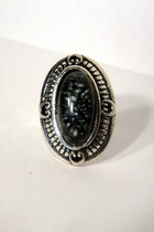 black faux stone vintage ring