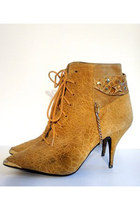 mustard lace-up booties vintage heels