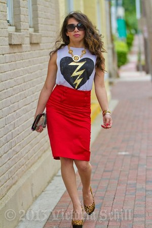 red pencil skirt Forever21 skirt - white cut out t-shirt Forever21 t-shirt