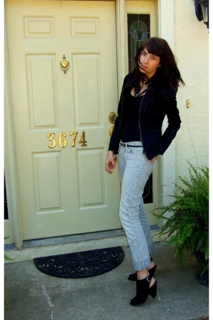 Armani Exchange jacket - Nine West shoes - Diesel jeans - moms hand me down purs