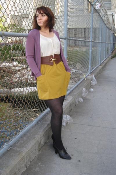 Uniqlo sweater - banana republic t-shirt - American Apparel skirt - aerosoles sh