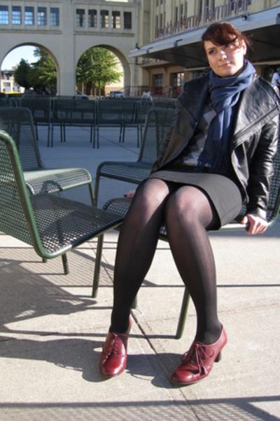 aerosoles shoes - Express skirt - Uniqlo sweater