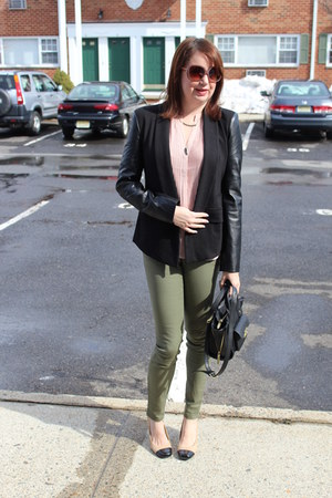 Kenneth Cole blazer - two toned me too shoes - skinny H&M jeans - silk H&M top