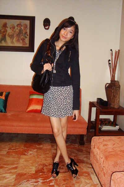 D&amp;G jacket - vintage dress - Given by Nints accessories - Nine West accessories 
