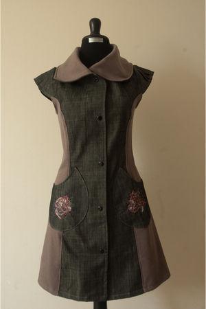 brown aj dress - gray