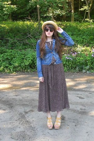 dark brown polka dot midi thrifted dress - light yellow straw thrifted hat