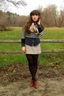 Tan-trench-h-m-coat-navy-striped-american-eagle-sweater