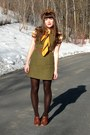 Brown-blimey-oxfords-seychelles-shoes-mustard-chevron-knit-h-m-dress-dark-br