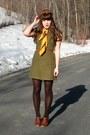 Brown-blimey-oxfords-seychelles-shoes-mustard-chevron-knit-h-m-dress-dark-br