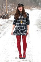 black mary janes Payless shoes - green plaid tunic dress - red HUE tights - yell