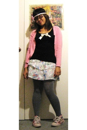 Dotti top - PDI sweater - Glassons skirt - columbine stockings - Harajuku Lover