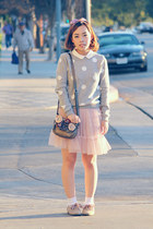 gray white polka dot Forever 21 sweater - beige ruffle net skirt