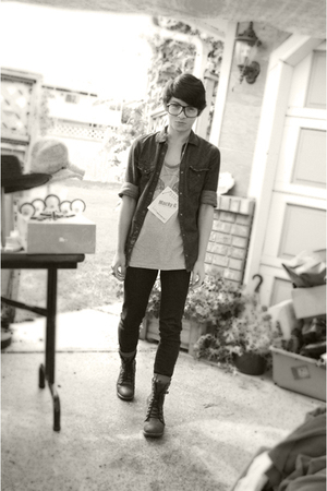 H&amp;M shirt - Gap jeans - UO glasses - vintage top - Aldo boots