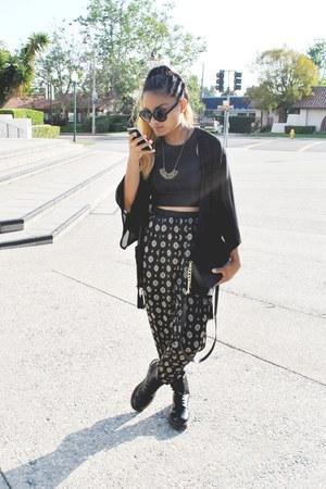 black doc martens boots - faux fur flap H&M bag