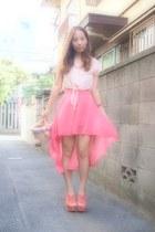 coral H&M skirt - salmon phebely shirt - light pink pompon basket nadesico bag