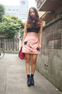Bubble-gum-sretsis-skirt-black-cropped-tank-topshop-top