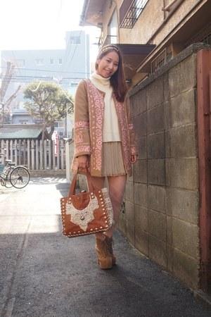 pink nadesico coat - light brown lita Jeffrey Campbell boots
