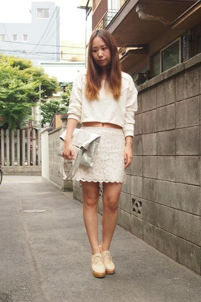 white lace skirt CROON A SONG skirt - silver metallic tote DHOLIC bag