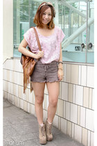 tan Jeffrey Campbell boots - bronze ozoc bag - puce nadesico shorts - off white
