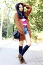Suede-jipijapa-boots-ksubi-jeans-pins-n-needles-hat-kimchi-blue-top