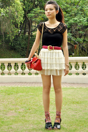 red Cherry koko bag - green EQIQ shoes - beige unknown skirt - pink vintage belt