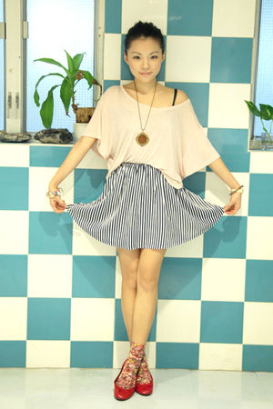 blue cotton on skirt - red maud frizon shoes - pink H&amp;M t-shirt