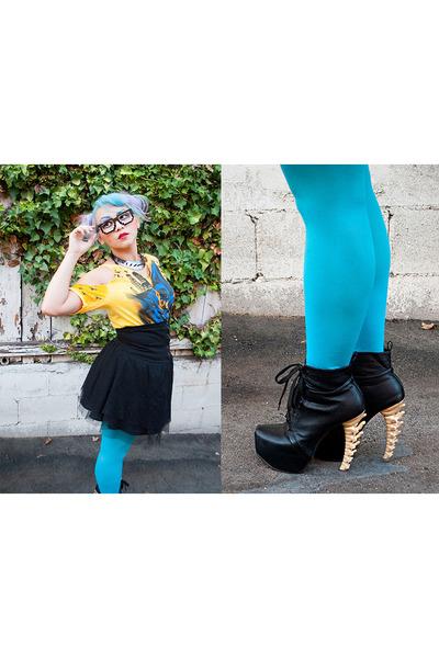 DSquared boots - blue opaque xhiliration tights - batman diy DC comics t-shirt