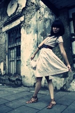 my vintage dress is BACK