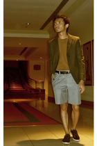 Judge shirt - Yves Identify blazer - LAWMAN shorts - WADE shoes