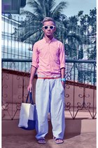 pink shirt - white foldable ray-ban sunglasses - dark khaki cardams flats - ligh