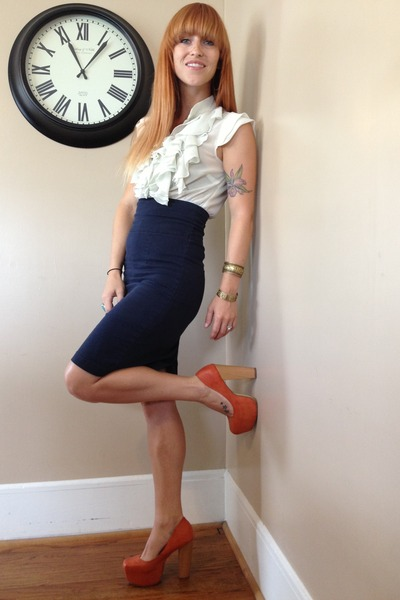 navy pencil Salvation Army skirt - ivory ruffled Miley Maxx top