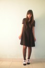 Black-dress-black-tights-white-galdy-shoes