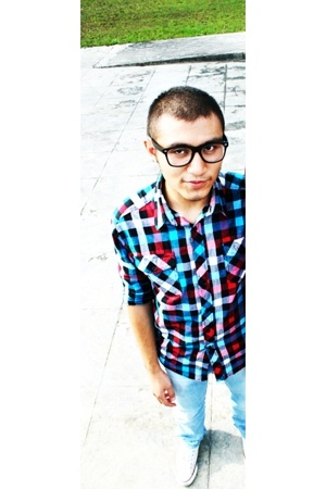shirt - jeans - shoes - glasses