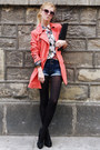 Salmon-coat-ivory-shirt-black-tights-black-bag-navy-shorts-black-pumps