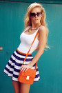 Carrot-orange-bag-navy-skirt-white-top-carrot-orange-belt-tan-sandals