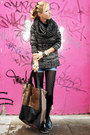 Black-boots-black-sweater-camel-scarf-light-brown-bag-blue-shorts