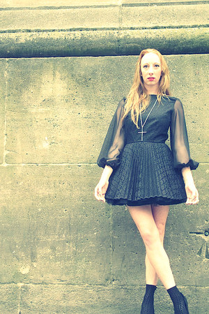 black Jones & jones dress - black lace Topshop socks