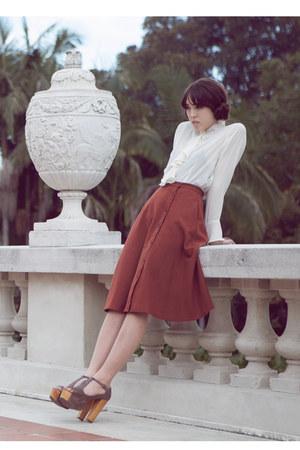 cream 10 vintage blouse - burnt orange 32 vintage skirt